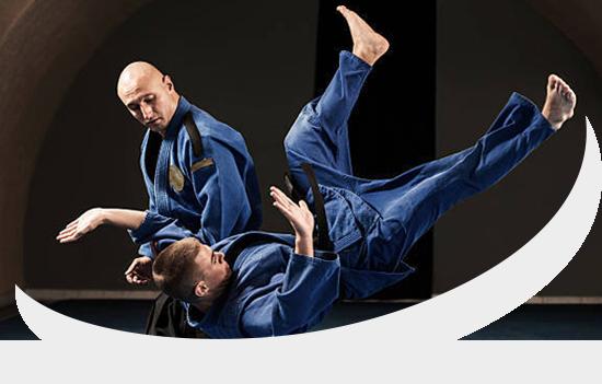 https://identique.net/wp-content/uploads/2019/08/karate.png